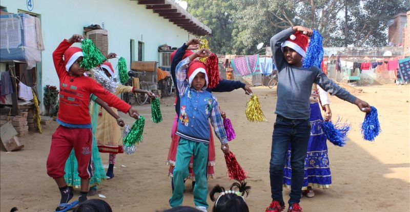 Kids Dance at Christmas
